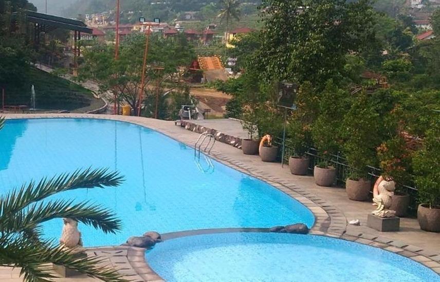 JSI Resort Bogor - Kolam Renang