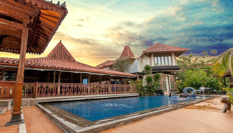 Java Village Resort Yogyakarta - Kolam Renang