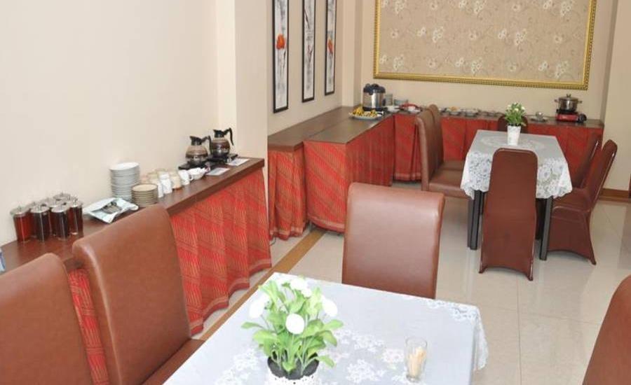 The Amrani Syariah Hotel Solo - Restoran