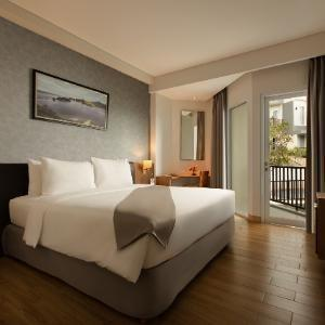 Swiss Belinn Luwuk - Suite Room Regular Plan