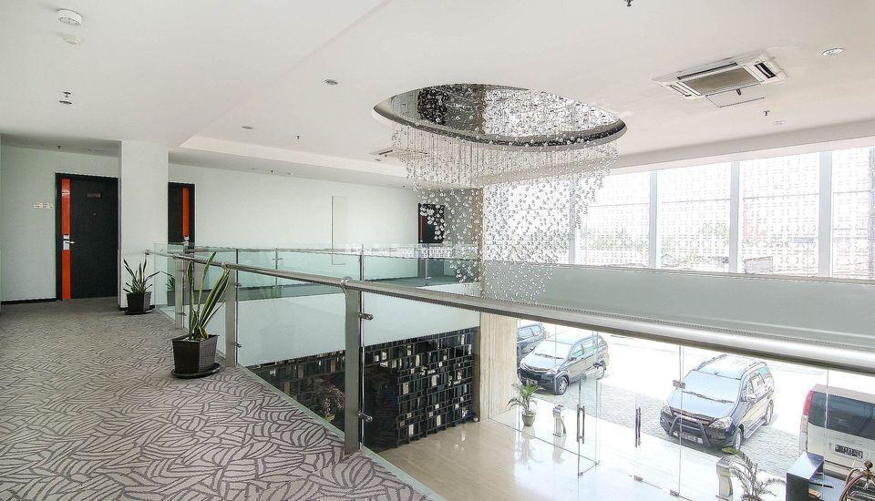 ZenRooms Cengkareng - Interior Hotel