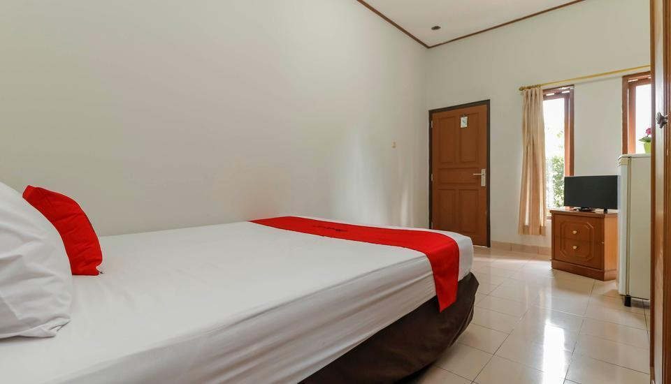 RedDoorz @Karet Pedurenan 3 Jakarta - Reddoorz Room with Breakfast Regular Plan