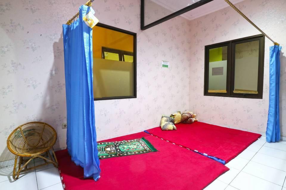 Pondok Backpacker Hostel Malang - Surrounding