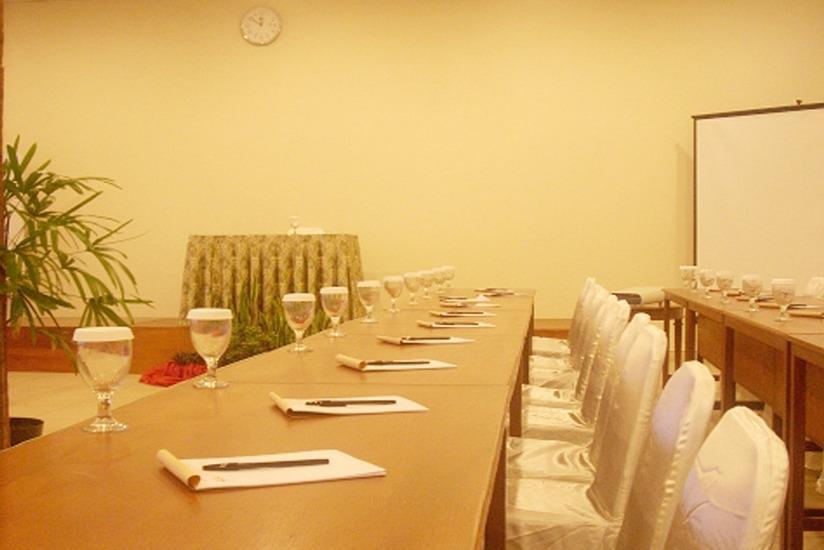 d'Emmerick Salib Putih Hotel Salatiga - Ruang Rapat