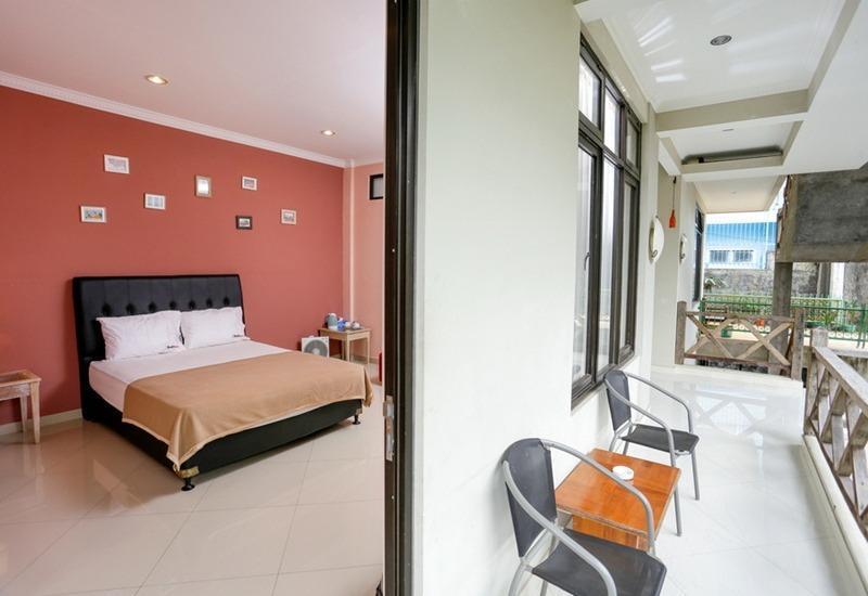 RedDoorz @Sersan Bajuri Bandung - RedDoorz Room Regular Plan