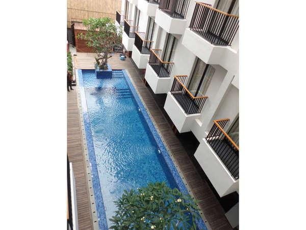 Ping Hotel Seminyak - Balkon Kamar Superior