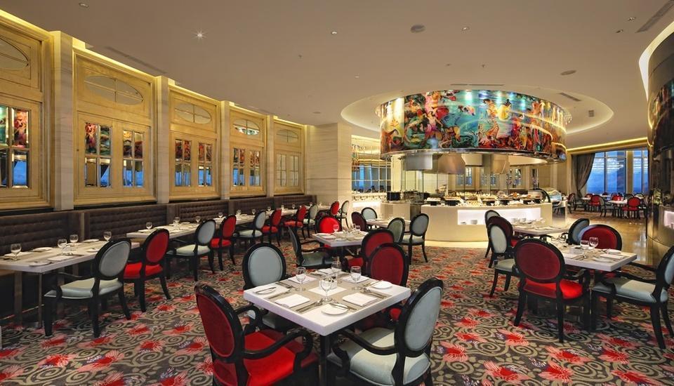 Hotel Ciputra World Surabaya - Restaurant