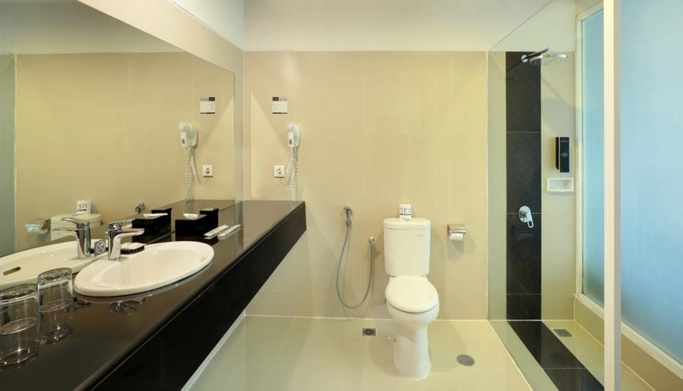 Neo Palma Palangkaraya - Bathroom Superior