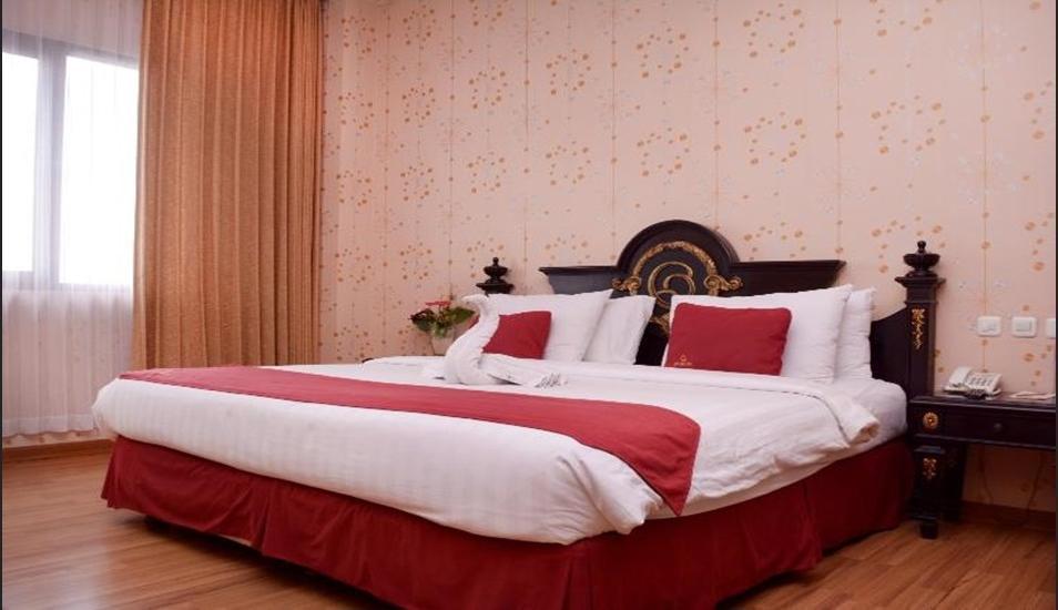 Horison Express Quds Royal Surabaya - Room