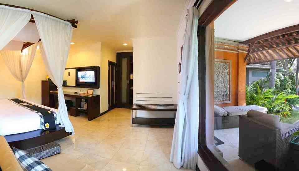 Legian Beach Hotel Bali - Deluxe Garden Bungalow