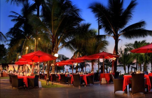 Legian Beach Hotel Bali - Ocean Terrace Restaurant