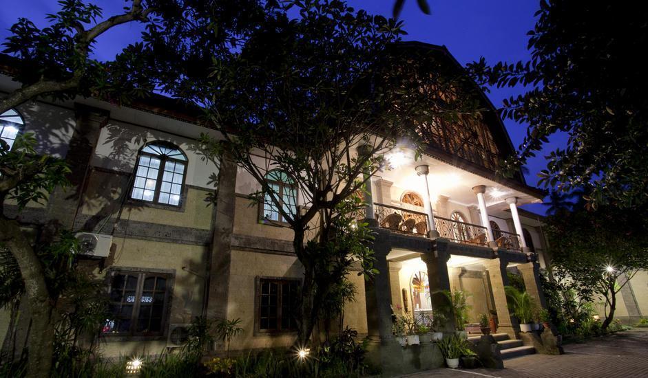 Hotel Puri Saron Senggigi - gedung lobby