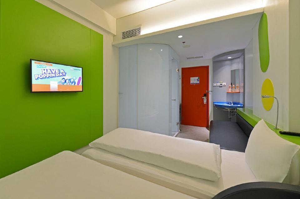 POP! Hotel Solo Solo - POP Room Room Only Regular Plan