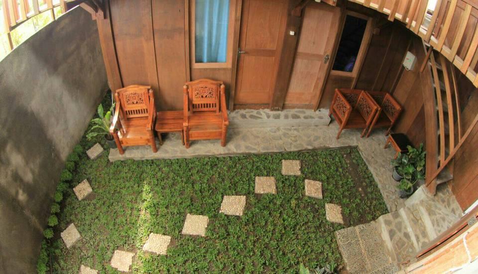 Oemah Kayu Homestay Yogyakarta - Eksterior