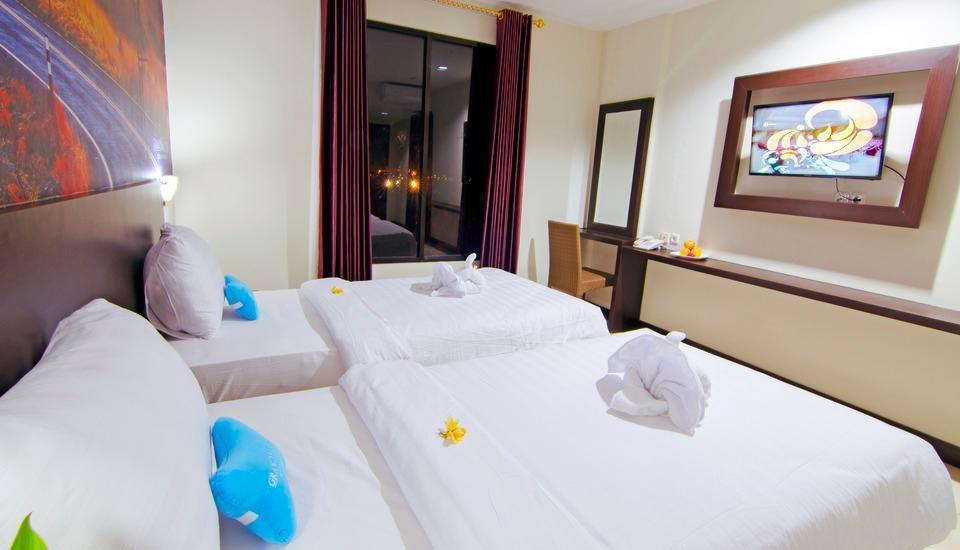 Kyriad Grand Master Purwodadi - Deluxe Twin Bed Room Only #WIDIH - Pegipegi Promotion