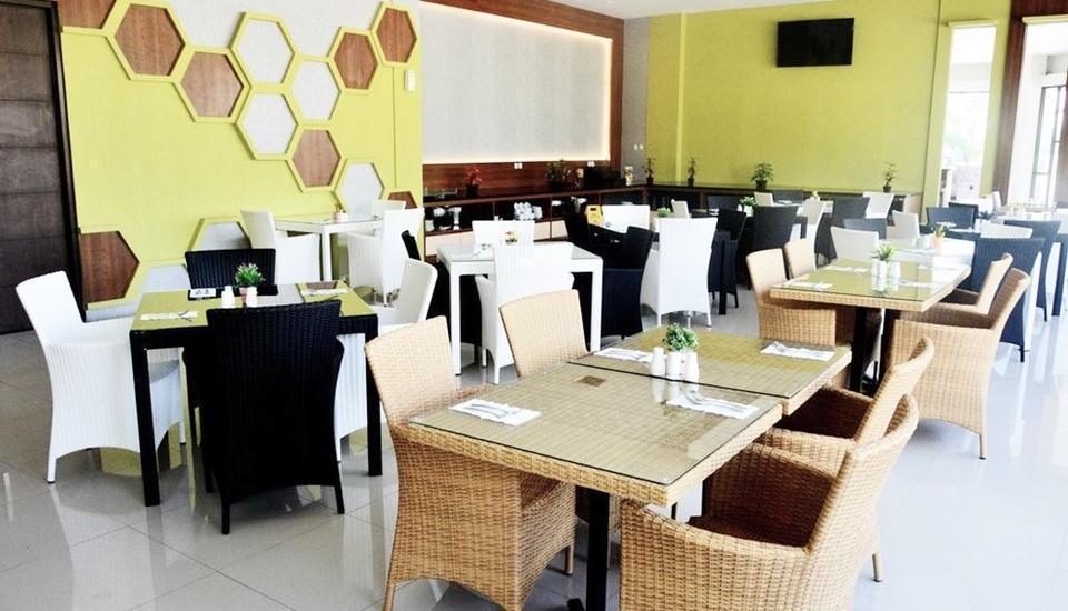 Kyriad Grand Master Purwodadi - Restaurant