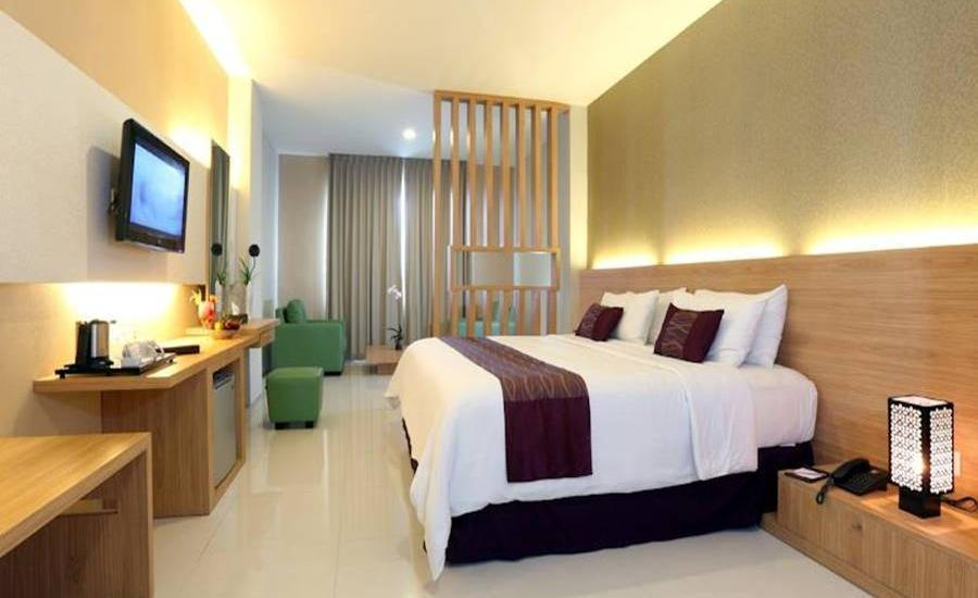 Lombok Plaza Hotel & Convention Cakranegara - Superior Room Regular Plan