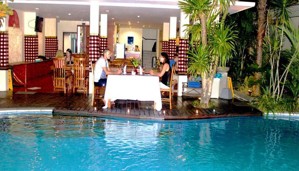 Manggar Indonesia Hotel Bali - Bersantap Malam