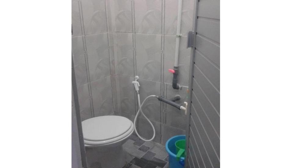 Penginapan Karanglaut Santolo Garut - Bathroom