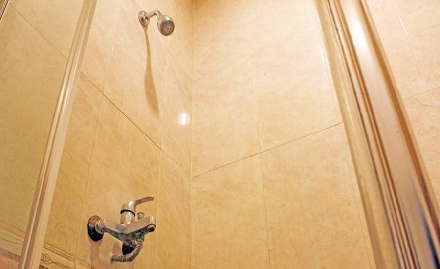 ZenRooms Mangga Besar 8 Jakarta - Kamar mandi