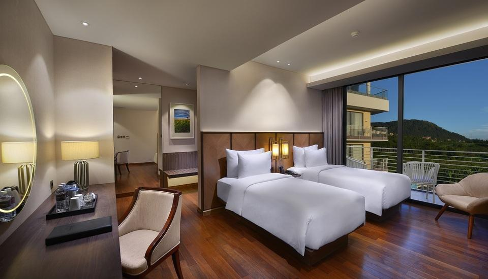 Golden Tulip Holland Resort Batu Malang - premier twin