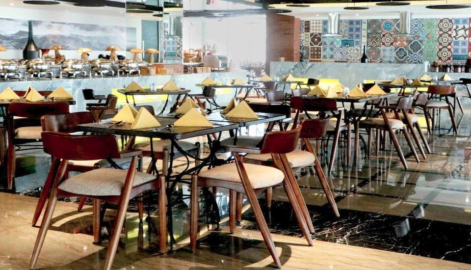 Luminor Hotel Pecenongan Jakarta Jakarta - Rock n' Sugar