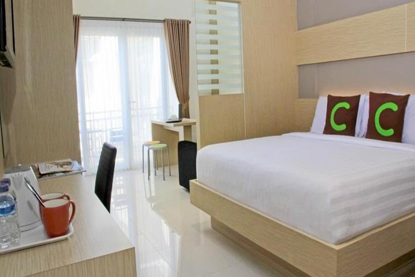 Cozy Stay Hotel Simpang Enam - Suite Room Only Love in Pegipegi