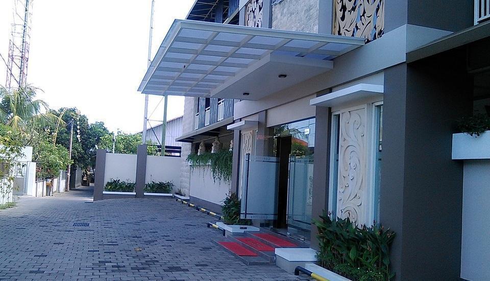 Cozy Stay Hotel Simpang Enam - Area parkir