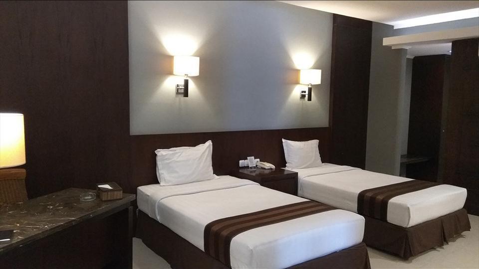 Hotel Asri Cirebon Cirebon - Suite Room (All New Air Conditioner) Regular Plan