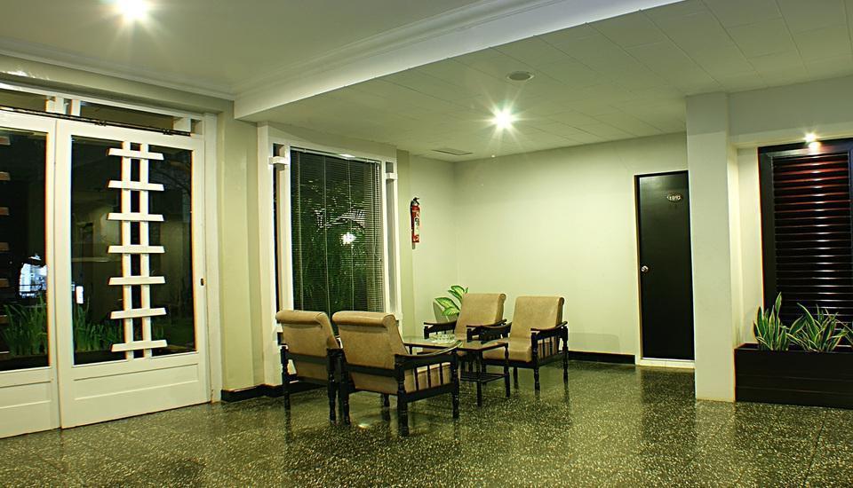 Hotel Hangtuah Padang - Lobby 1