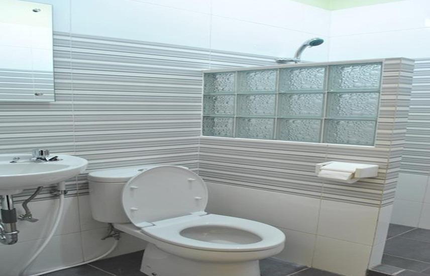 Aloha Hotel Yogyakarta - Kamar mandi