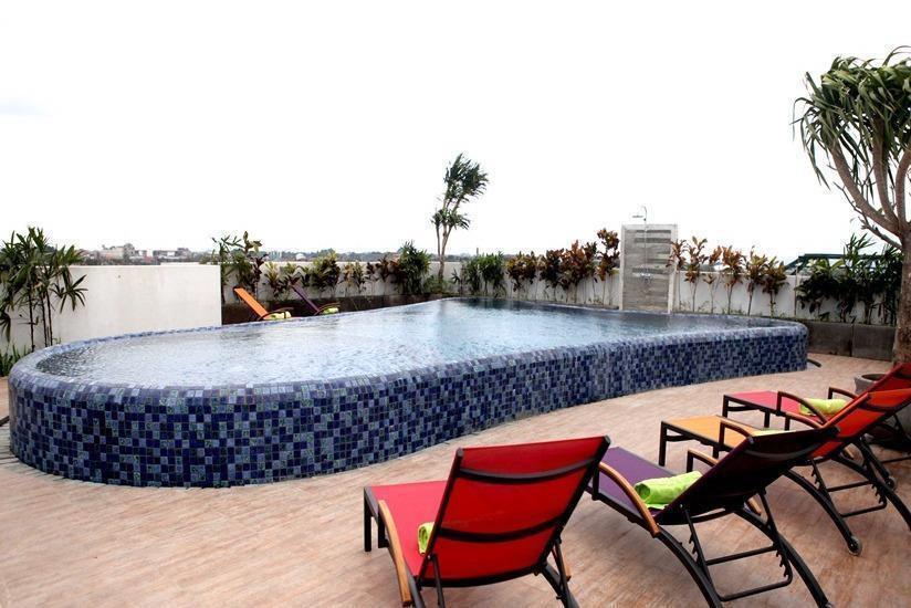 MaxOne Hotel  Seminyak - Rooftop