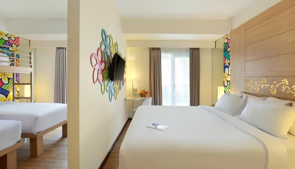 MaxOne Hotel  Seminyak - LOVE Room with sarapan Regular Plan