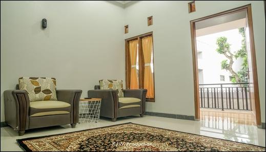 M Stay Guest House Yogyakarta - interior