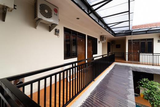 KoolKost Syariah near Botani Square Mall Bogor - Photo