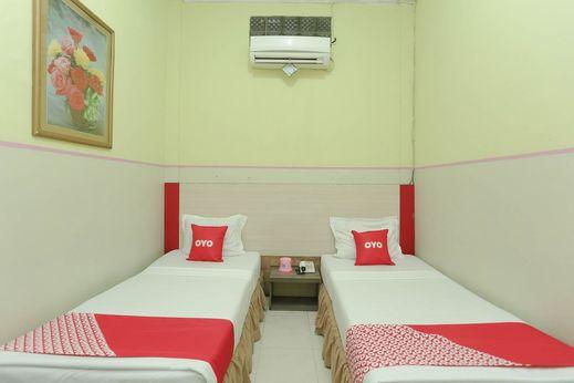 OYO 2057 Hotel Kharisma Banjarmasin - Bedroom