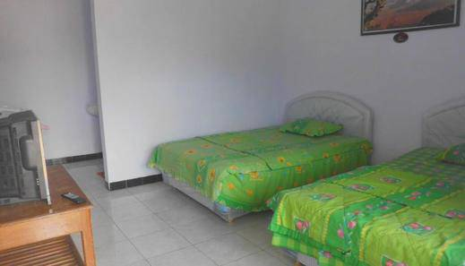 Nadia Hotel Bromo Probolinggo - Kamar tamu