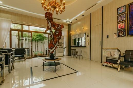 Urbanest Inn House Slipi Jakarta - Lobby