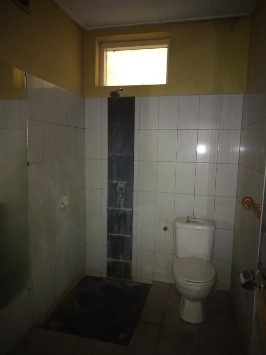 Duta Karya Hotel Bali - Bathroom