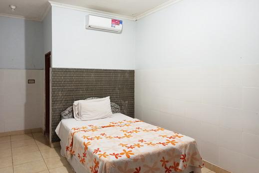 OYO 2657 Pelangi Residence Bandar Lampung - Bedroom