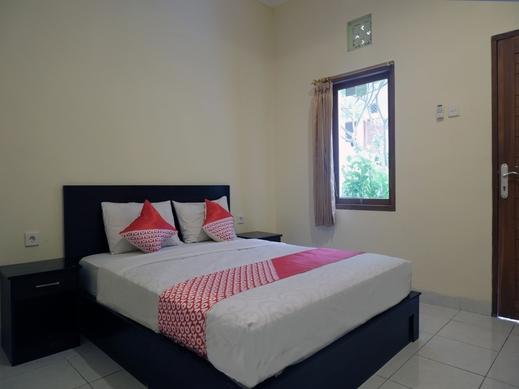 OYO 2521 Uluwatu Cahya Guest House Bali - Guestroom