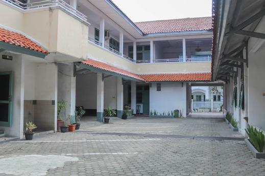 Hotel Rajawali Cirebon - Photo