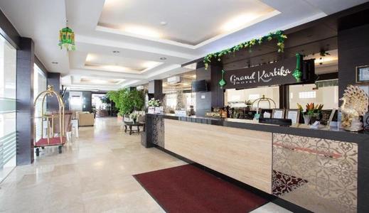 Hotel Grand Kartika Samarinda - Lobby