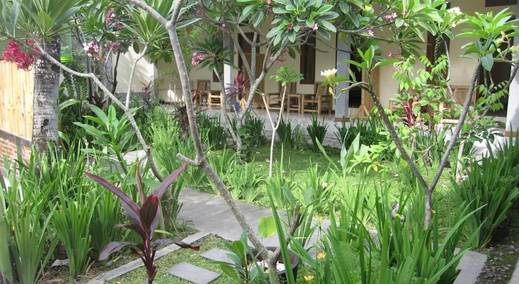 Ressa Homestay Lombok - (06/June/2014)