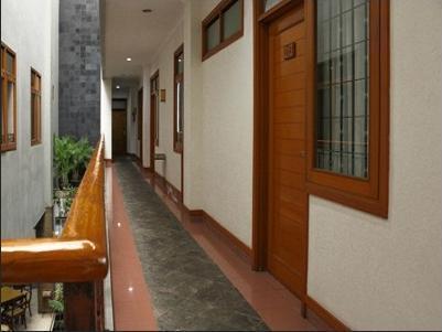 Airy Sukajadi 169 Bandung - Corridor