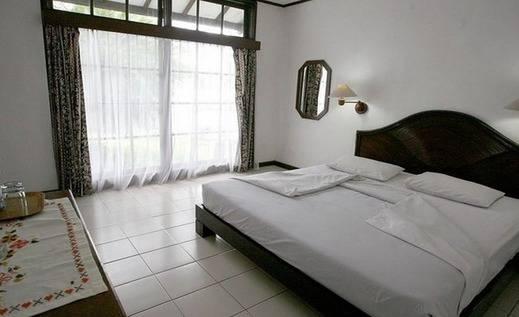 Hotel Silintong Danau Toba - Kamar tamu