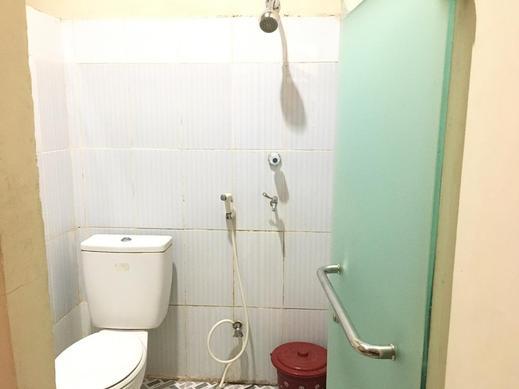 Vanila Kost Jatiwarna Bekasi - Bathroom