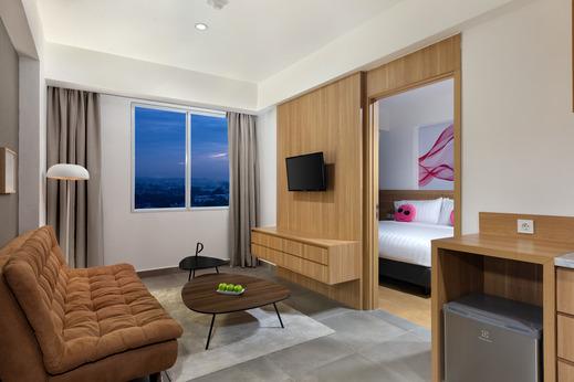 favehotel Karawang Karawang - Suite Living Room