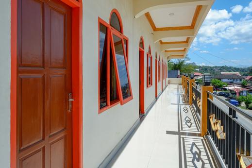 RedDoorz near Bolu Toraja Tana Toraja - Photo