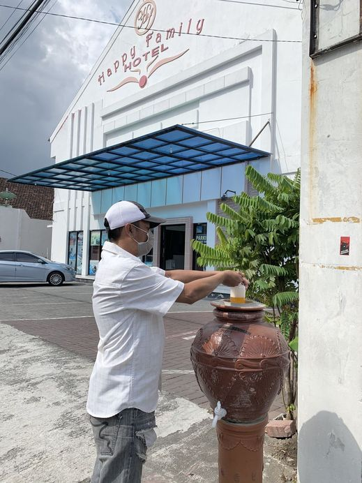 Happy Family Hotel Yogyakarta - Clean & Safe